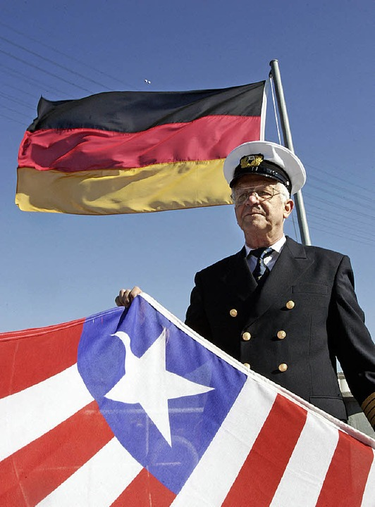 Ein seltener Fall: Der größte deutsche...cher Flagge, sondern  unter deutscher.  | Foto: dpa