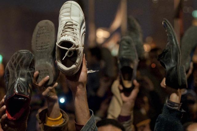 Neue Massenproteste nach enttäuschender Mubarak-Rede