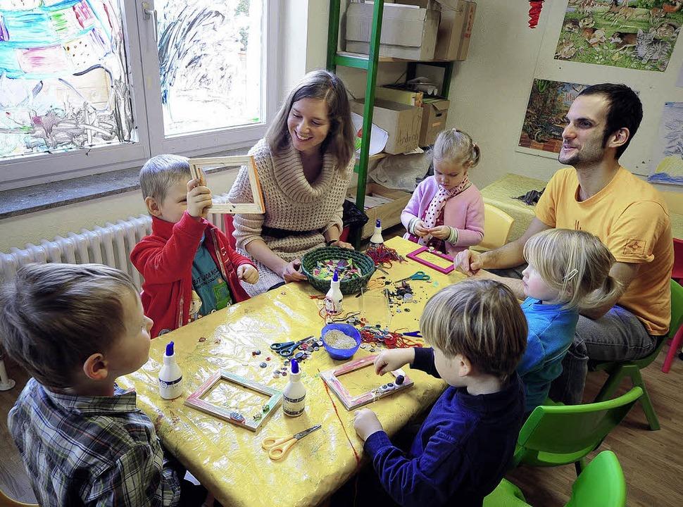 Die Polin Anna Golinska und der Italie... in einem Kindergarten im Stühlinger.   | Foto: Thomas Kunz