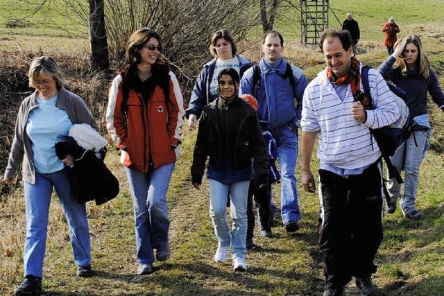720 Wanderfreunde erkunden Wollbach