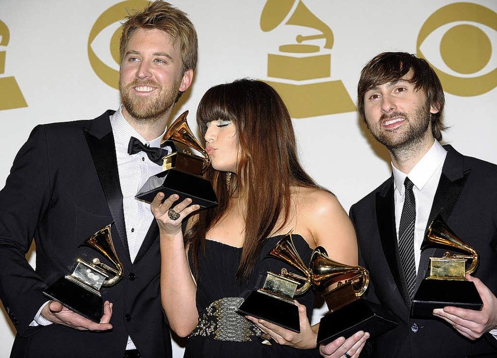 Fünf Preise für ein Country-Trio: Lady Antebellum mit Grammys   | Foto: afp