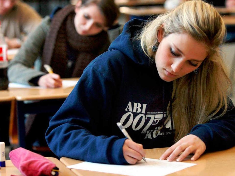 In einigen Fächer gibt es keine Unterschiede bei den Leistungen.  | Foto: dpa
