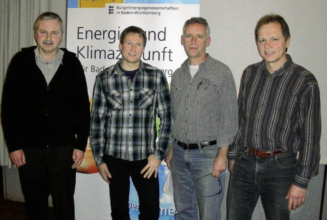 Der Vorstand der Bürgerenergiegenossen...ch, Michael Pergher und Frieder Kuhn.   | Foto: mario schöneberg