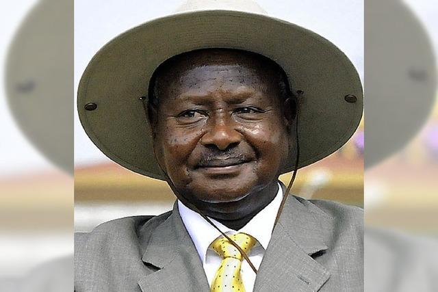 Ugandas Präsident kann's nicht lassen