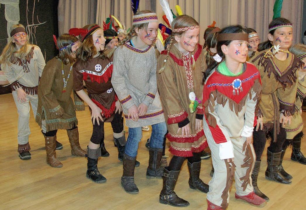 Als Indianer kamen die jüngsten Leicht... Bunten Turnernachtmittag ins Museum.     Foto: Horst A. Böss
