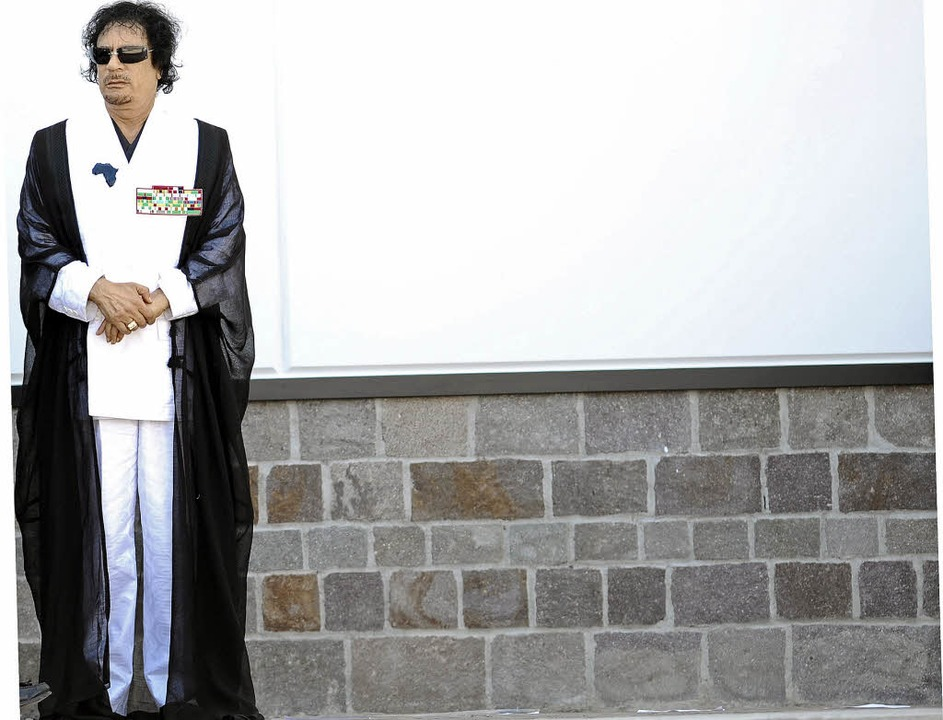 Immer mehr Gefolgsleute wenden sich vo... ab: Libyens Diktator Muammar Gaddafi   | Foto: dpa