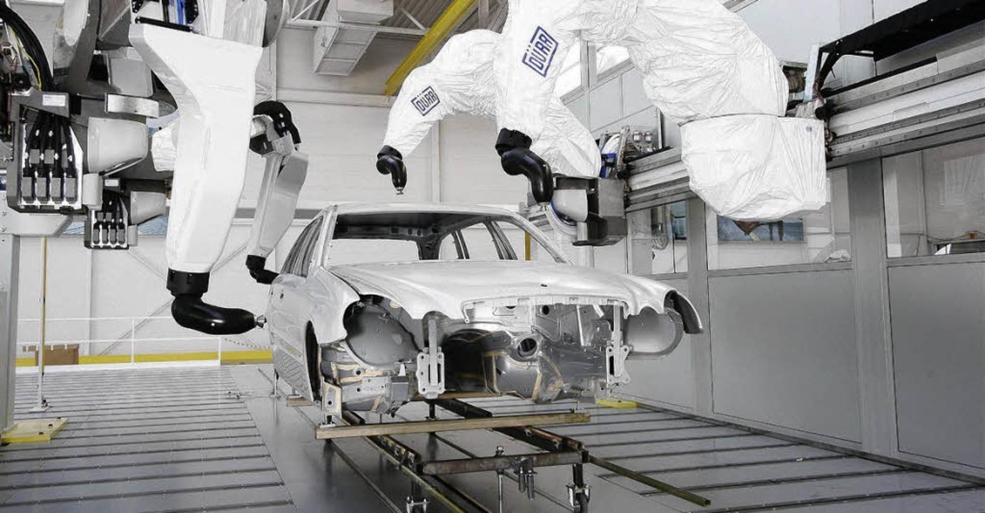 Lackierroboter werden unter anderem im Werk Wyhlen montiert   | Foto: Werk