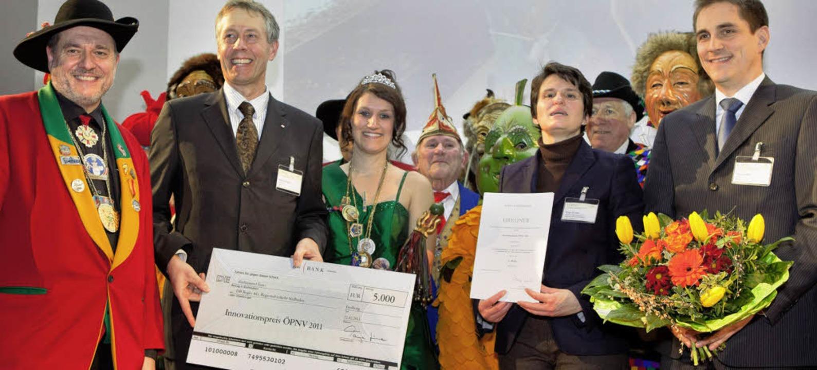 Preisverleihung im Freiburger Kongress...itere Vertreter der Hochrhein-Narren.   | Foto: Nuewa