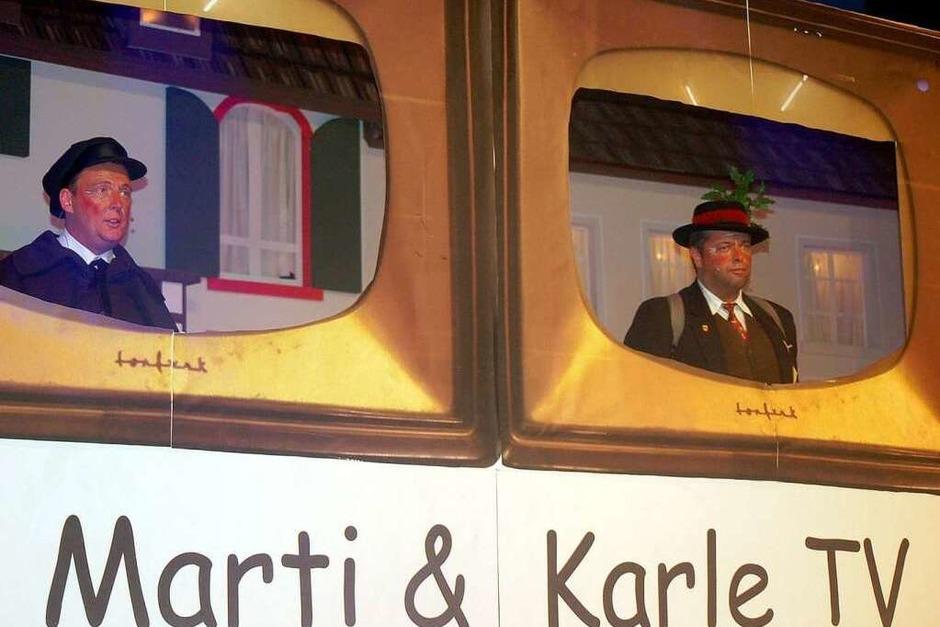 Tanz, Humor und spöttelnde Blicke auf die lokale Politik bot der Narrenspiegel der Narrenzunft Bad Säckingen im Kursaal auf. (Foto: Hildegard Siebold)