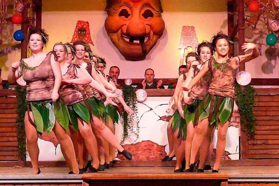 Ab in den Dschungel mit der Tanzgarde. (Foto: Frank Leonhardt)