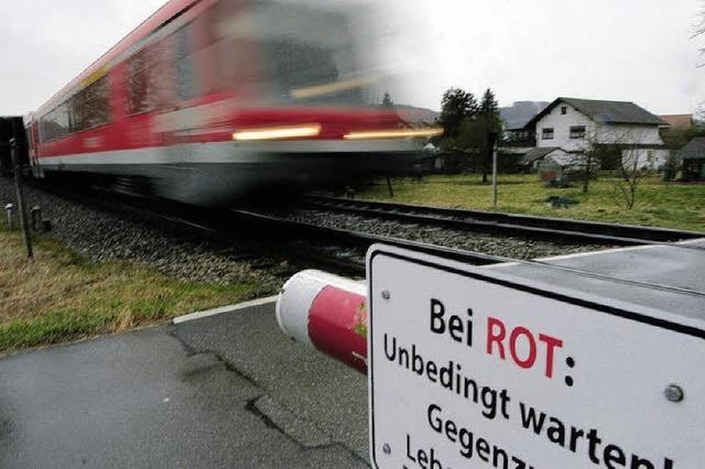 Ein knappes Nein für Bürgerbefragung zum Bahnhalt Wallbach