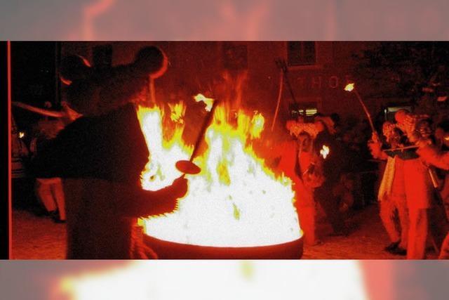 Ein brodelnd-flammendes Spektakel