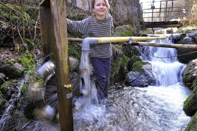 Wasserkraftanlage: Handy-Strom kommt aus dem Bach