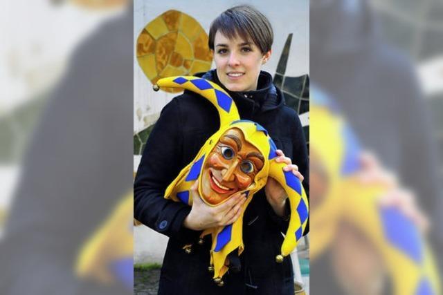Eva Wolters: Bajassmaske und Ballett