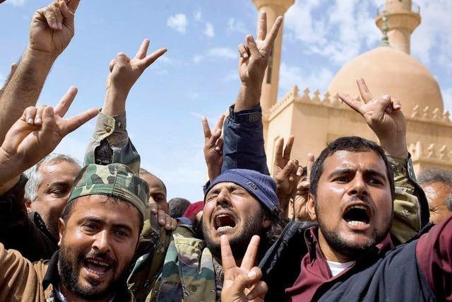 Libyens Aufständische bitten um Schützenhilfe