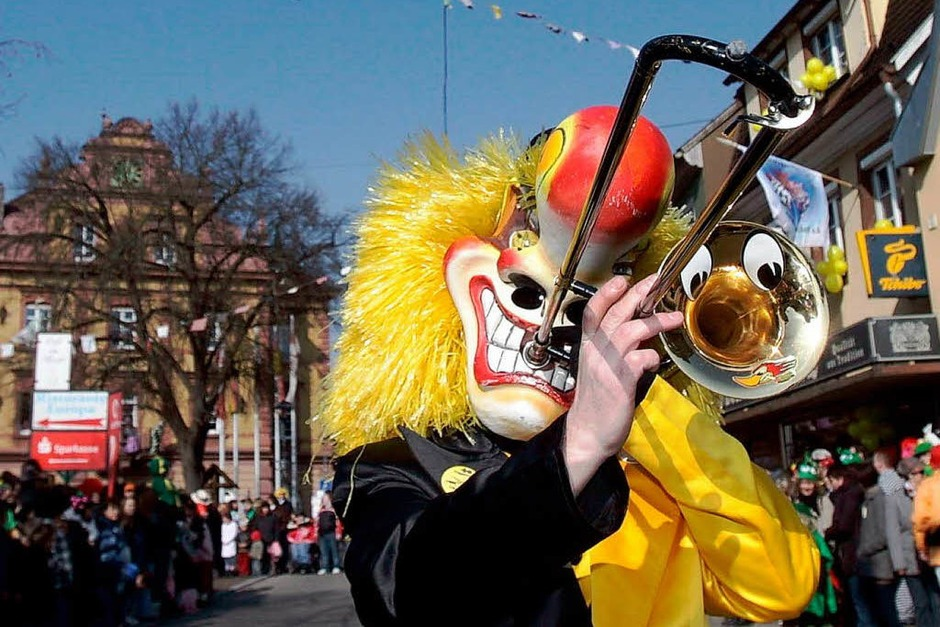 Guggemusik in den Herbolzheimer Straßen (Foto: Patrik Müller)