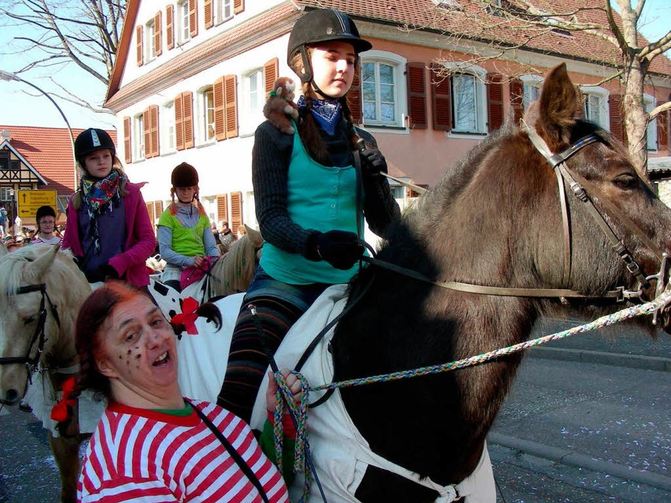 Hoch zu Ross: Der Reit- und Fahrverein March-Umkirch war mit von der Partie.  | Foto: Mario Schöneberg