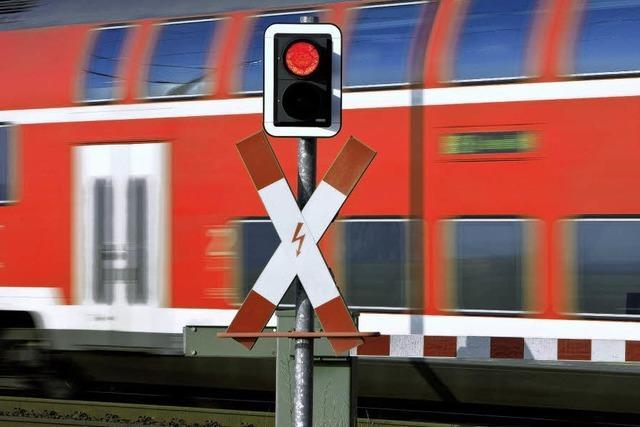 Arbeiten blockieren Bahn