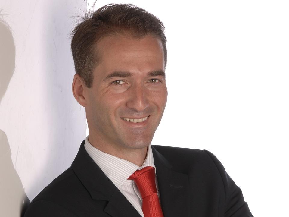 Gunnar Porada, Sicherheitsberater für ...er Web-Mafia angeheuert werden würden.