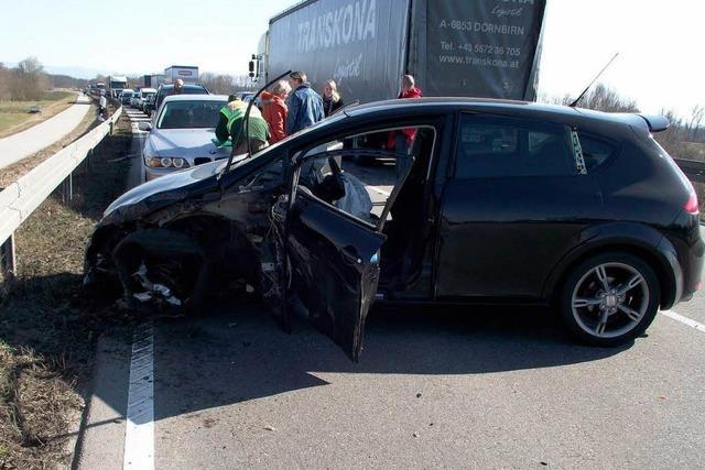 Autofahrer mit Schutzengel