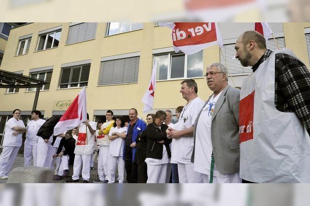 Krankenhaus-Mitarbeiter wollen mehr Gehalt