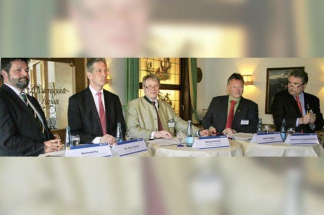 Vier Kandidaten stellen sich dem Tourismus