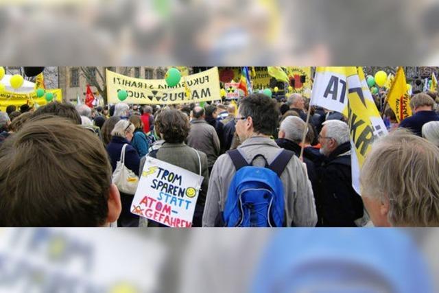Elztäler Bürger bei Anti-AKW-Menschenkette