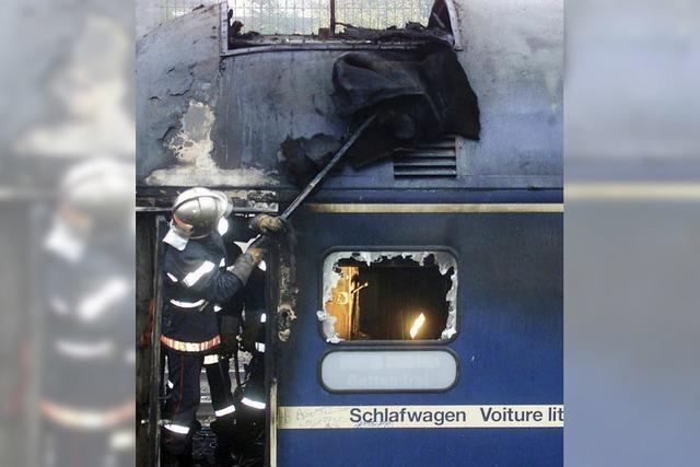 Deutsche Bahn nach Brand im Schlafwagen vor Gericht