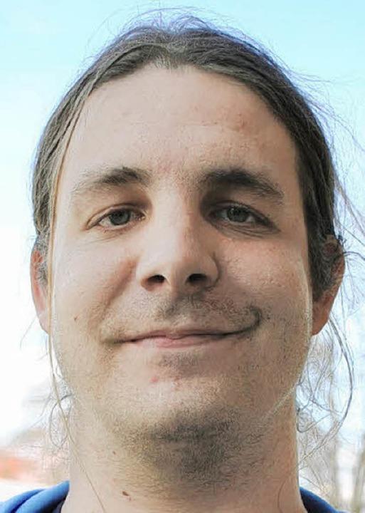 """Matthias Mayer (28), Zerspanungsmechan...rungen wahrscheinlicher werden.""""    Foto: Hanna Gier"""