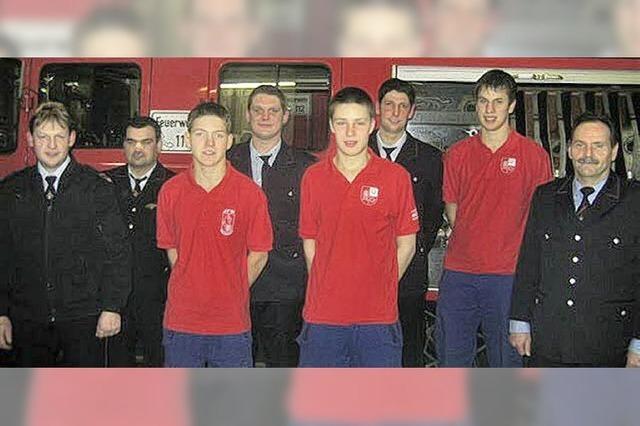16 Jugendliche als Feuerwehrnachwuchs