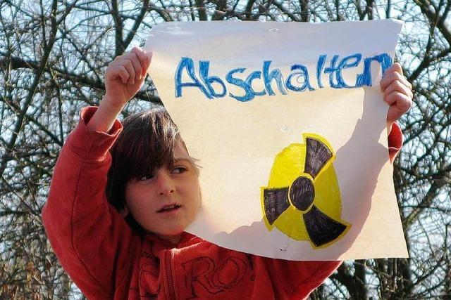 Tausende bei Demo gegen Fessenheim