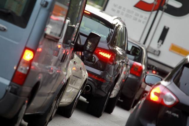 Mehr Straßen für weniger Bürger?