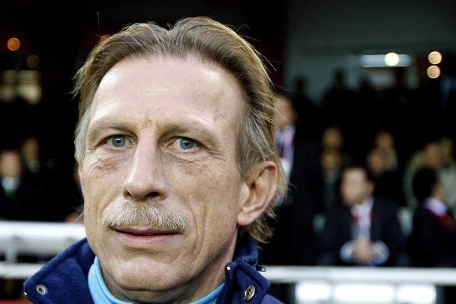 Frankfurt feuert Skibbe und holt Daum