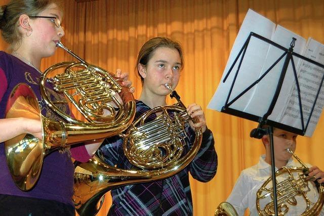 So viele Hornisten wie nie waren in Todtmoos