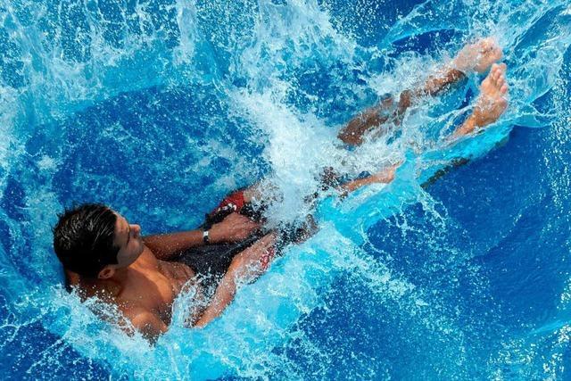 30 Cent mehr: Freiburgs Schwimmbäder sollen teurer werden