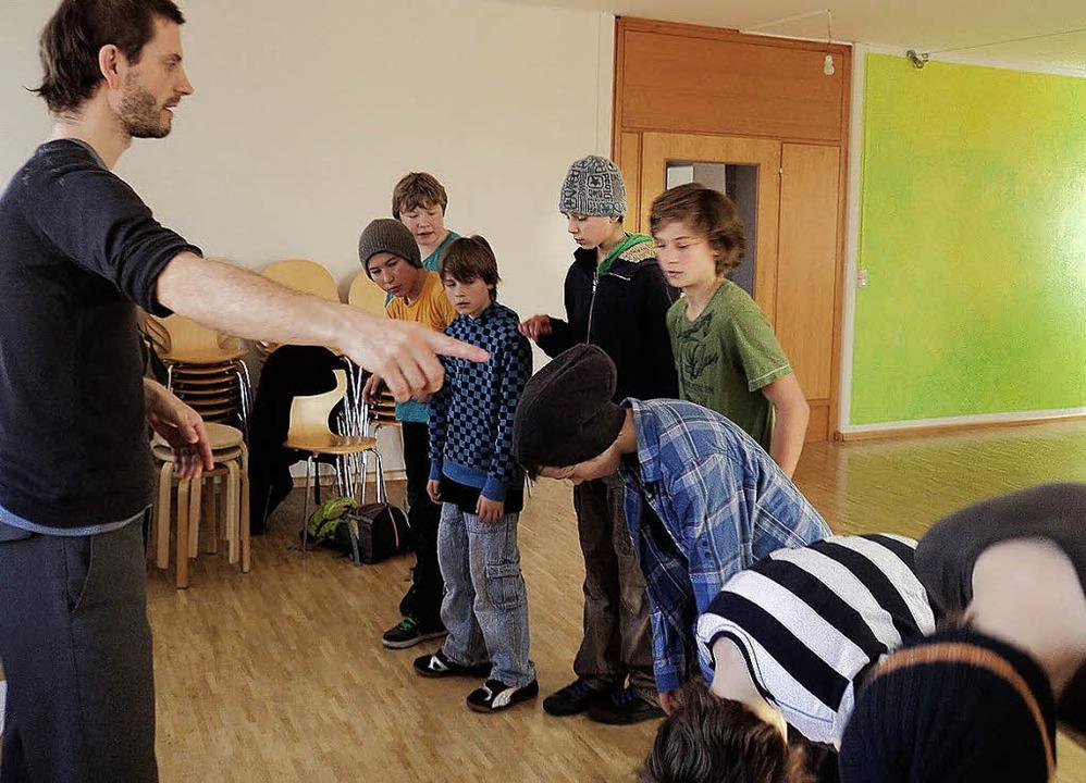 Rocco Schelletter fördert und fordert seine  Jungs.  | Foto: FOTOS: Joanna Sykora