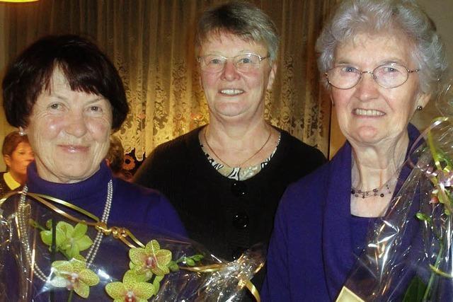 Reise- und unternehmenslustige Damen in Wallbach