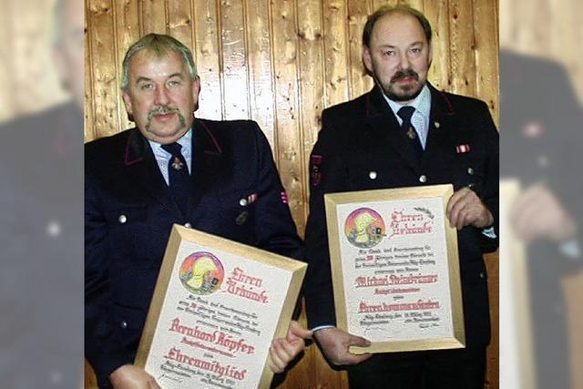 Feuerwehrmänner geehrt