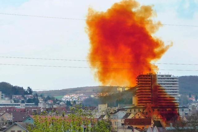 Chemieunfall in Lörrach: Polizei beschlagnahmt Salpetertanks