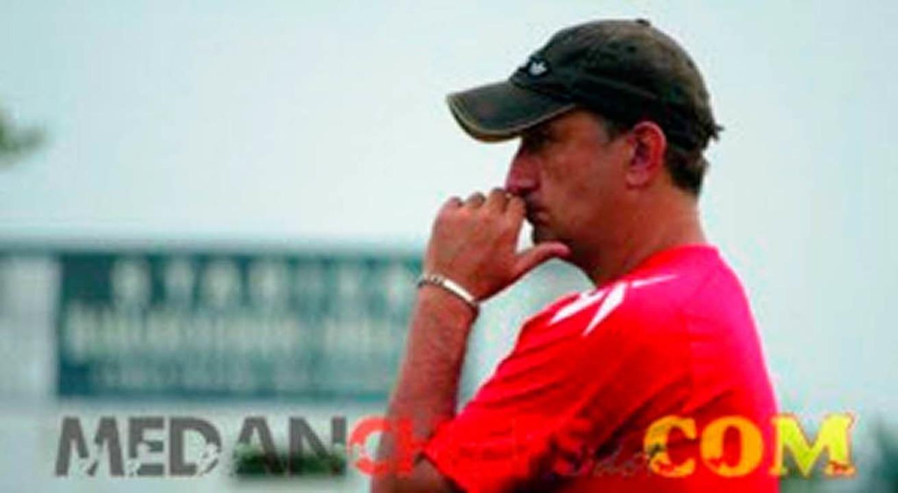 Jörg Steinebrunner arbeitet als Fußballtrainer in Fernost  | Foto: zvg