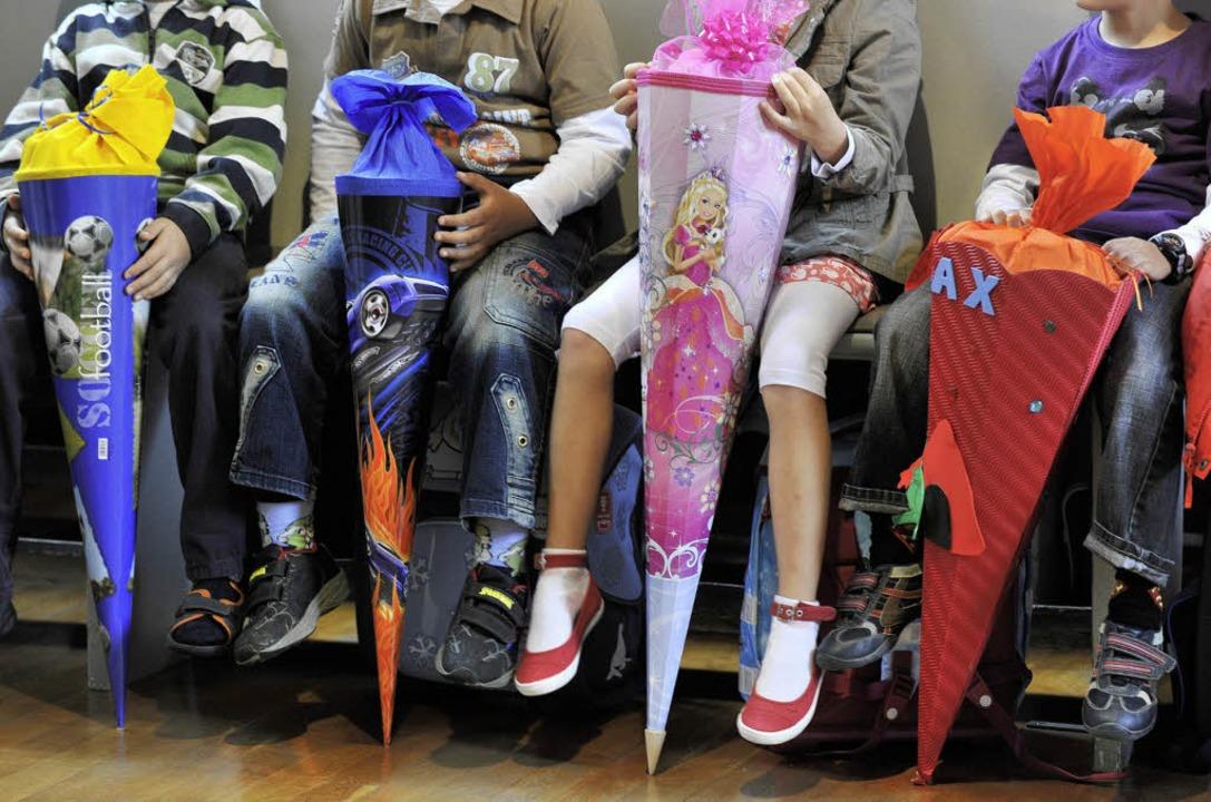 Freie Wahl haben bald die  Eltern von ... Angebot  an Betreuungszeiten stimmt.   | Foto: DPA/Boris rössler