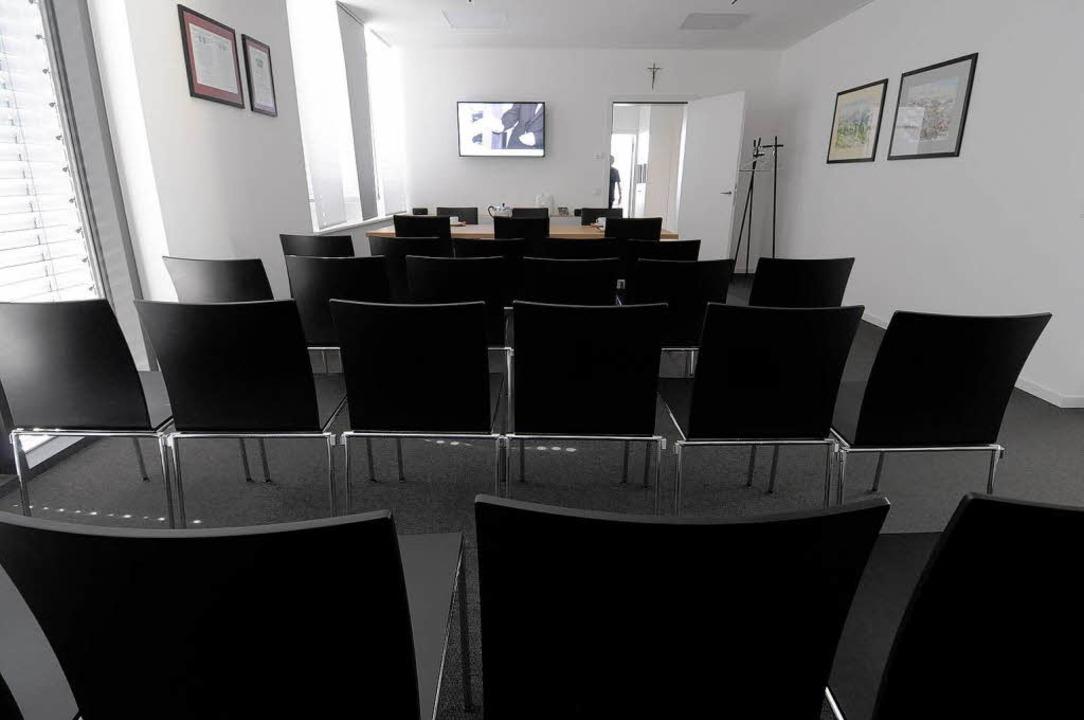 Eröffnung des Bürgerhauses in Rheinhausen. Tag der Offenen Tür. Das Trauzimmer.  | Foto: Siegfried Gollrad