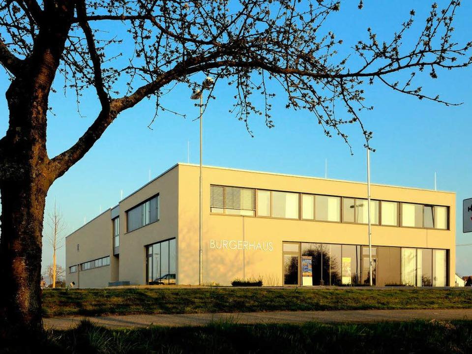 Die Bürger nehmen ihr Haus in Besitz Rheinhausen