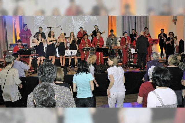 Eine große Musikfamilie feierte eine Tanznacht