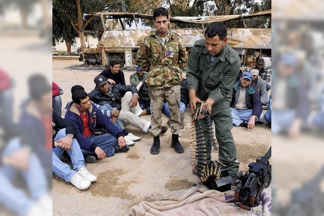 Rebellen in Libyen bekommen Unterstützung von Offizieren