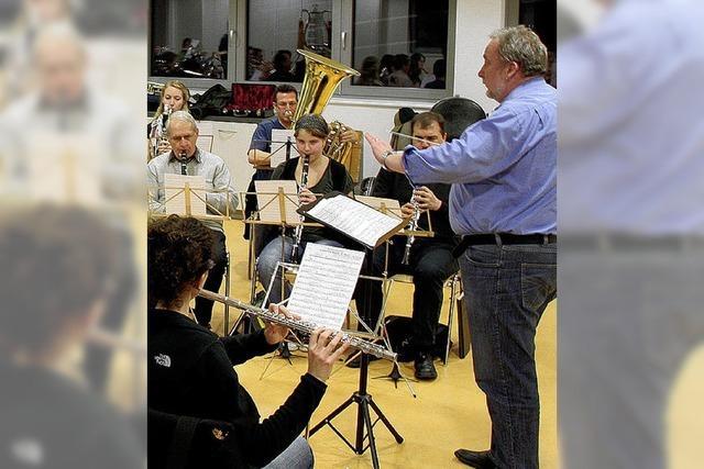 Neuer Dirigent, neuer Saal