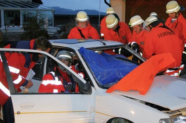Rettung eingeklemmter Person stand im Mittelpunkt