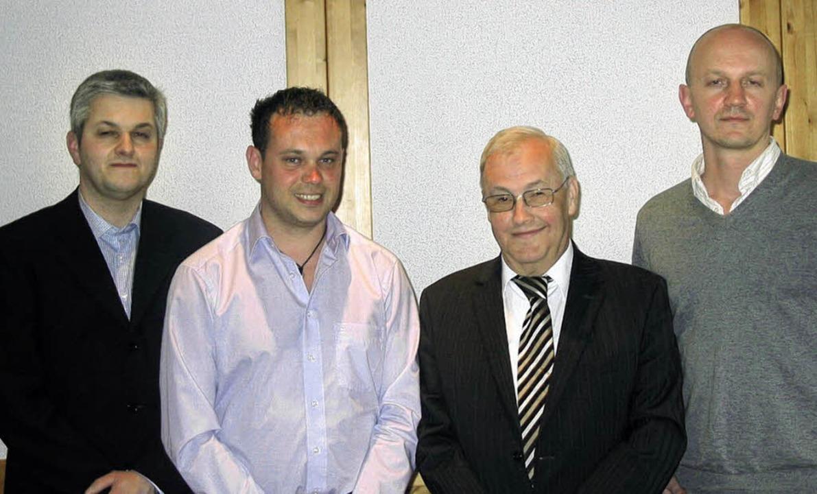 Der neue Vorstand des Gewerbevereins M...ser, Reinhold Schmid und Jakob Wawer.     Foto: Stefan Sahli