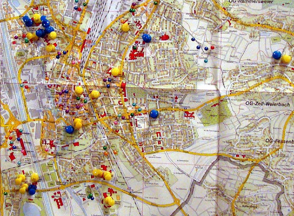 Die Verteilung von Mobilfunkmasten in Offenburg nach Angaben der BI Funkmast.   | Foto: Ramm-Weber
