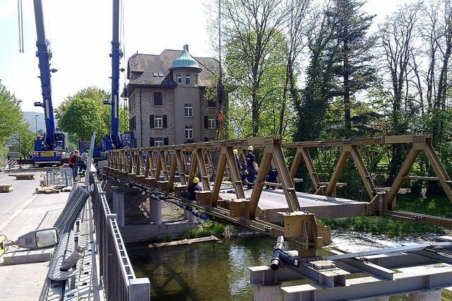 Fünf Stunden früher als geplant war die Behelfsbrücke abgebaut